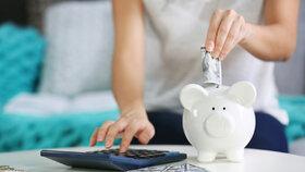 Odklad splátek je možný nejdéle do konce října tohoto roku. Bez ohledu na to, kdy o odklad požádáte, budete opět nejpozději od listopadu hradit splátky v plné výši.
