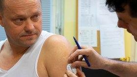 Podkožní senzory zásadním způsobem zlepšují život pacientů s diabetem prvního typu.