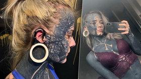 Dívka utrácí statisíce za tetování: Je díky tomu blíže otci