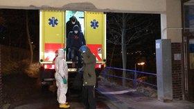 Češi z Wu-chanu dorazili do pražské Nemocnice Na Bulovce (3. 2. 2020).