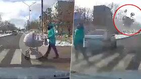 Opilý řidič napálil v rychlosti do kočárku s dítětem, hrozí mu vězení.