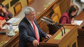 Šéf komunistů Vojtěch Filip v poslanecké sněmovně