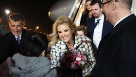 Manželka premiéra Monika Babišová po příletu do Estonska