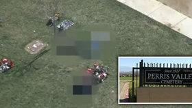 V Kalifornii se našly na hřbitově tři mrtvoly, vrah je zřejmě zapomněl zakopat.