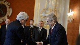 Prezident Zeman na Pražském hradě jmenoval prof. JUDr. Pavla Šámala, Ph.D., soudcem Ústavního soudu České republiky.