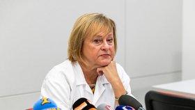 Primářka Kliniky infekčních, parazitárních a tropických nemocí Nemocnice Na Bulovce Hana Roháčová vystoupila 3. března 2020 v Praze na briefingu s aktuálními informacemi o pacientech s koronavirem.