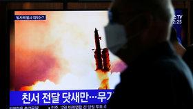 Severní Korea provedla test tří střel (9. 3. 2020)