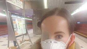 Ivanka je onkologický pacient, proto musí nosit roušku.