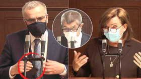 Sněmovna o koronaviru: Kalouska pozlobil zvonící telefon, Babiš odmítl promořování Česka, Schillerová prosadila 25 tisíc pro OSVČ (7.4.2020)