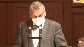 Dle Bohuslava Svobody bude třeba proočkovat minimálně 50 % populace.