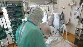 V Praze stoupl počet mrtvých na koronavirus o jednoho, na 81.