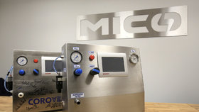Nový plicní ventilátor CoroVent se dostal do pásové výroby během pěti týdnů.