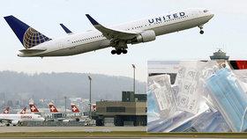 Letadla se vracejí zpátky na oblohu: Americké aerolinky zavedly povinné nošení roušek.