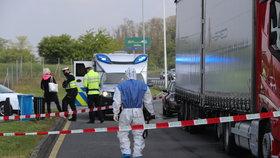 14. květen 2020: Několik kilometrů severně od Prahy zemřel za podezřelých okolností řidič kamionu. Existuje podezření, že za jeho úmrtím může stát koronavirus.