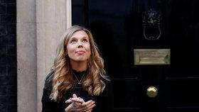 Snoubenka britského premiéra Carrie Symondsová.