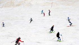 Slovinci se po pandemii koronaviru vrátili k lyžování (17. 5. 2020)
