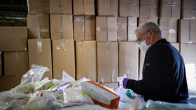 Dodávka zdravotních pomůcek (Ilustrační foto)