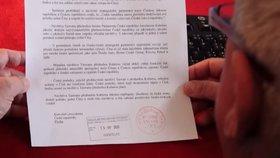 Prezidentův kancléř Vratislav Mynář natočil video o výhrůžném dopise pro zesnulého předsedu Senátu Jaroslava Kuberu. (18. 5. 2020)