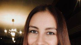 Ruska Julia Khabibulina (†34) zemřela po pádu z útesu v Dubaji.