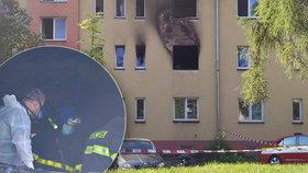 Při požáru bytu v Havířově zemřeli dva chlapci (†3 a †5), jejich sestřičku (9) zachránil soused.