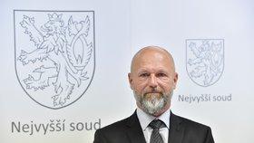 Petr Angyalossy byl jmenován novým předsedou Nejvyššího soudu (20. 5. 2020)