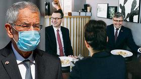 Koronavirus v Polsku: Premiér Morawiecki překvapil fotkami z restaurace bez odstupů. V Rakousku seděl prezident Van der Bellen s manželkou v podniku i po zavíračcel