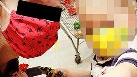 Pašeračka Lucie má dcerku stále u sebe: Společně vyrazily na nákup v rouškách.