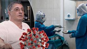 """Ruská """"tvář koronaviru"""", lékař a televizní moderátor Alexander Myasnikov opět nadzvedl některé ze židle."""