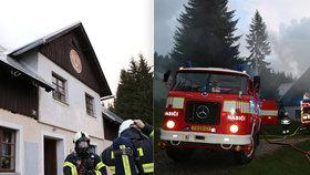 Bouřka v Krkonoších způsobila požár chaty: Škoda půl milionu.