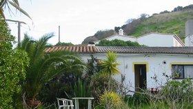 Dům sexuálního predátora Bruecknera nedaleko místa, odkud v roce 2007 zmizela malá Maddie.
