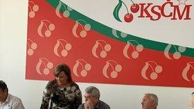 Ministryně financí Alena Schillerová (za ANO) prosila o podporu rekordního schodku státního rozpočtu komunisty.