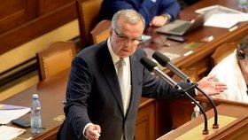 Miroslav Kalousek vyčetl vládě ve Sněmovně, že neví, kam chce směřovat peníze z navrhovaného schodku rozpočtu (23. 6. 2020).