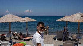 Pláž na řeckém ostrově Kos a návrat turistů po koronakrizi