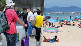 Tisíce Čechů už vyrazily s cestovkami k moři. Oproti loňsku jich vyjede jen třetina.