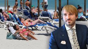 Idylka u moře, ale i hrozba pro zavlečení koronaviru do Česka. Ministr zdravotnictví (za ANO) radí Čechům, ať si dají pozor v Chorvatsku, Řecku i Bulharsku
