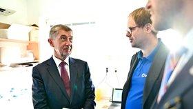 Andrej Babiš jednal se společností Diana Technologies o přístroji, který za jeden den otestuje až 1000 lidí na koronavirus.