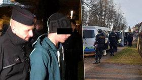 Likvidační útok na mladého pošťáka a dívku: Patrik (21) je sekal do obličeje, popsal státní zástupce.