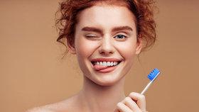 Nesprávná péče o chrup může vážně ohrozit vaše zdraví, potvrzuje dentální hygienistka a radí, jak si konečně dobře vyčistit zuby!