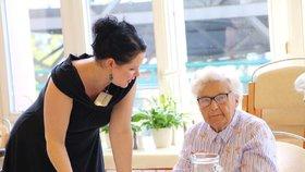 V domově důchodců U Biřičky v Hradci Králové má covid jedna pracovnice.