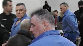 Černák se přiznal ke 14 vraždám, soud mu ale ponechal jen původní trest doživotí. Rozhodl podle dohody, kterou uzavřel s prokurátorem minulý rok.