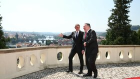 Kramářova vila: Andrej Babiš (ANO) a Mike Pompeo (12. 8. 2020)
