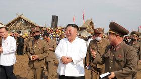Severokorejský diktátor Kim Čong-un na inspekci v Severní Hwanghe