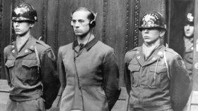 Hitlerův lékař Karl Brandt (†44) byl odsouzen k trestu smrti.