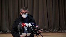 Premiér Andrej Babiš (ANO) a jeho tisková konference v Průhonicích (10. 10. 2020)