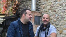 """Honza Jareš a Tomáš Kympl tvoří tvůrčí duo již několik let. """"I proto jsem se rozhodl ušít mu písničky takříkajíc na tělo,"""" prozradil Kympl."""