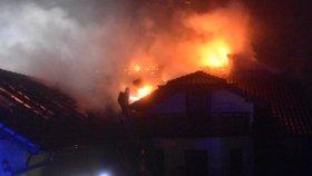 V Orlově hořel rodinný dům.