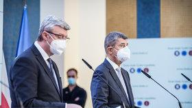 Předseda vlády Andrej Babiš (ANO) a ministr průmyslu, obchodu a dopravy Karel Havlíček (za ANO) na tiskové konferenci po jednání vlády (21.10.2020)