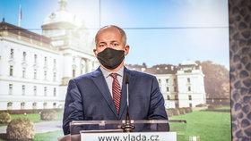Již bývalý ministr zdravotnictví Roman Prymula (za ANO) na konferenci po mimořádném jednání vlády (8.10.2020)