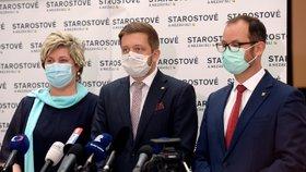 Tisková konference před jednáním Sněmovny: Věra Kovářová, Vít Rakušan a Jan Farský (všichni STAN) (27.10.2020)