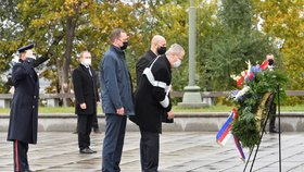 Prezident Miloš Zeman položil 28. října 2020 v Praze květiny k hrobu neznámého vojína u Národního památníku na Vítkově u příležitosti státního svátku k výročí vzniku Československa